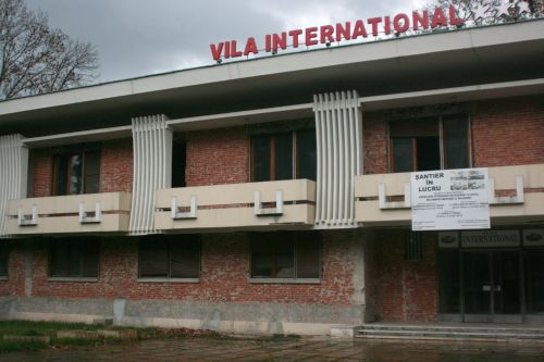 Vila International, de pe bd. Loga