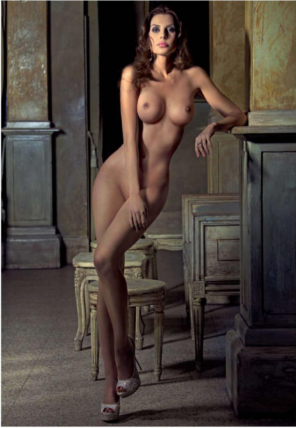 его сторону, красивые голые итальянские девушки английском языке