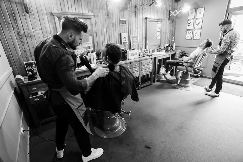 Barbers O Experienta A Barbieritului Si Frizeriei