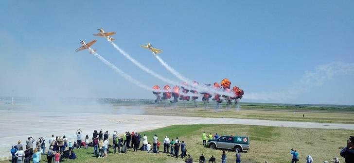 Timisoara Se Pregateste O Noua Editie A Timisoara Air Show Pe Aeroportul International Timisoara Unul Dintre Cele Mai Asteptate Evenimente De La Inceputul