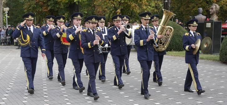 ziua-armatei-parcul-central-28-728x336.j