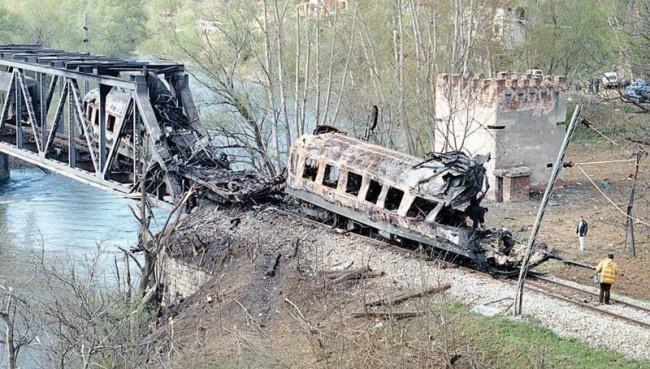 20 de ani de la bombardamentele NATO asupra Serbiei. 2.500 de morti si